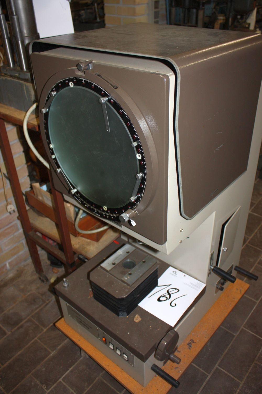Profile Projector, Mitutoyo, model PJ300 - KJ Auktion