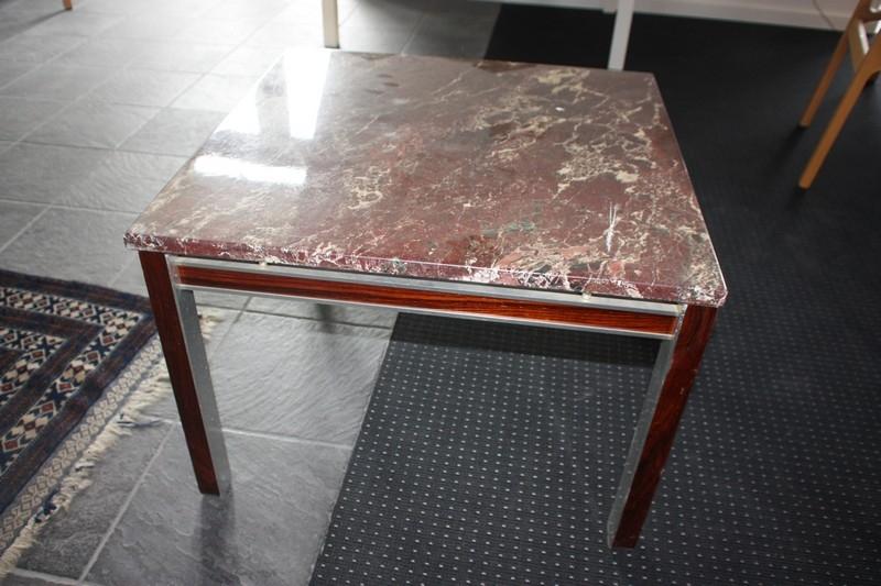 Fantastisk! Fantastisk mad Sofabord med marmorplade og lister i palisander, 65 x 65 cm TL88