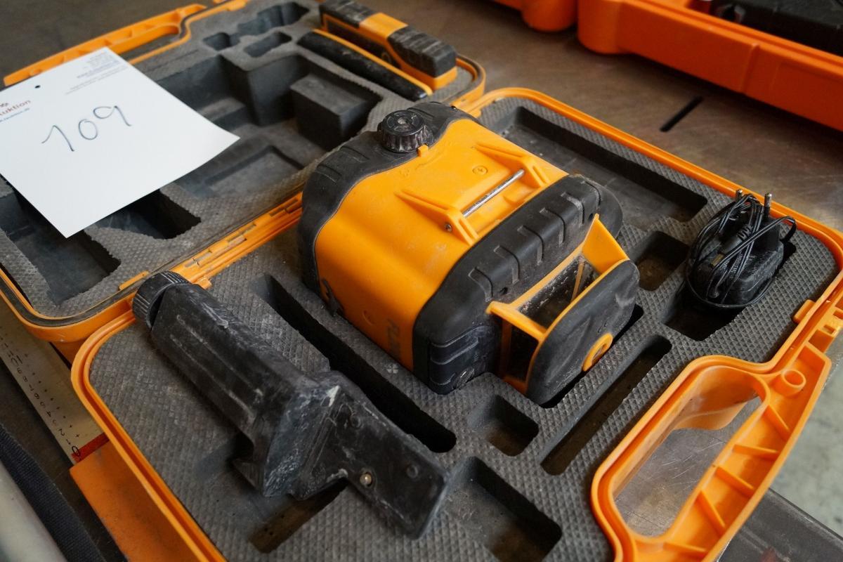 Forskellige laser/nivelleringsapparat. - KJ Auktion - Maskinauktioner PV19