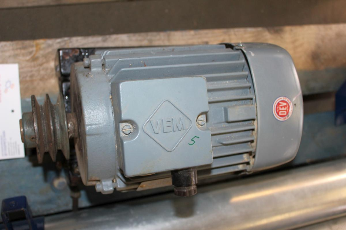 Used VEM normotor 2 2 kW for kongskilde grain auger incl  V