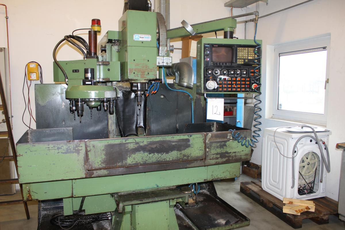 CNC-controlled milling machine Meehanite Supermax with Fanuc