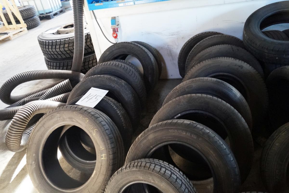 Ultramoderne Dæk uden fælge. 34 stk - KJ Auktion - Maskinauktioner YQ-44