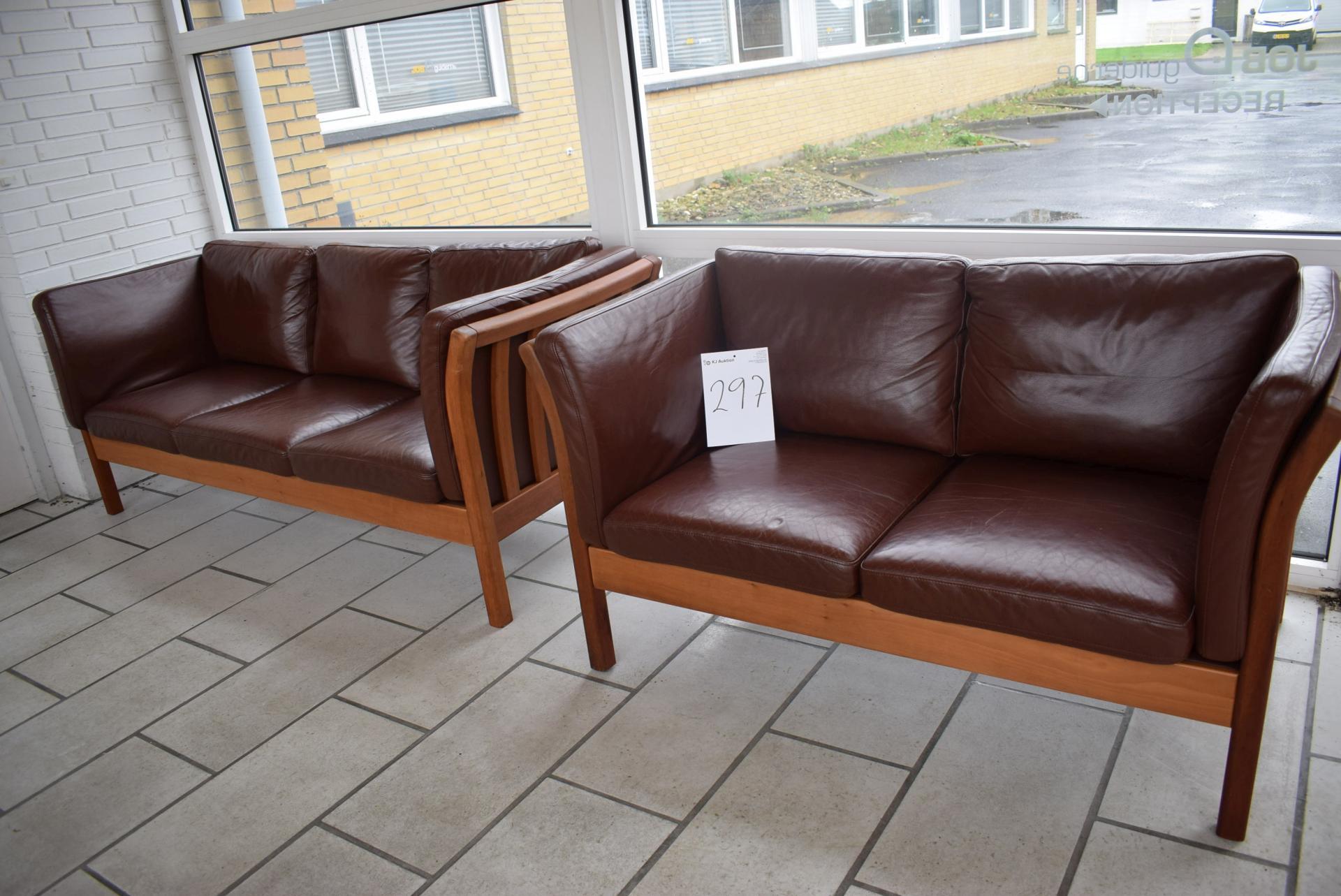 Picture of: Sofagruppe 3 2 Brun Laeder Brugt Nypris Kr 25 000 Kj Auktion Maskinauktioner