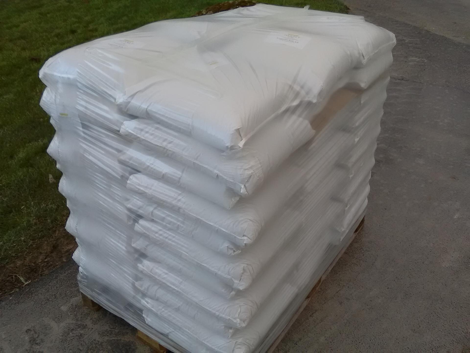 2 pallets Roast salt, sea salt, grain size 1-6 mm ensure