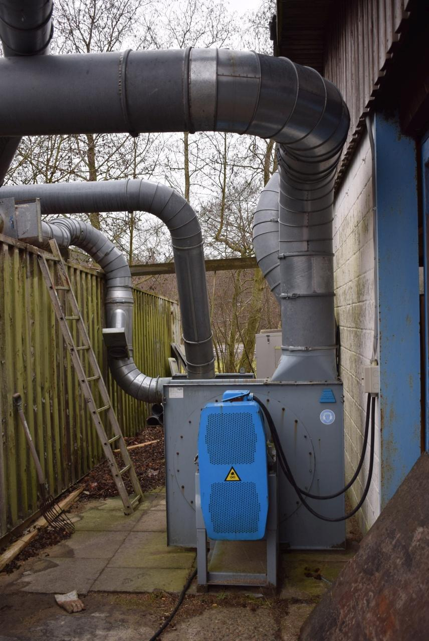 Wood chip filter, ca  11,000 m³ + extraction motor 13,000 m³