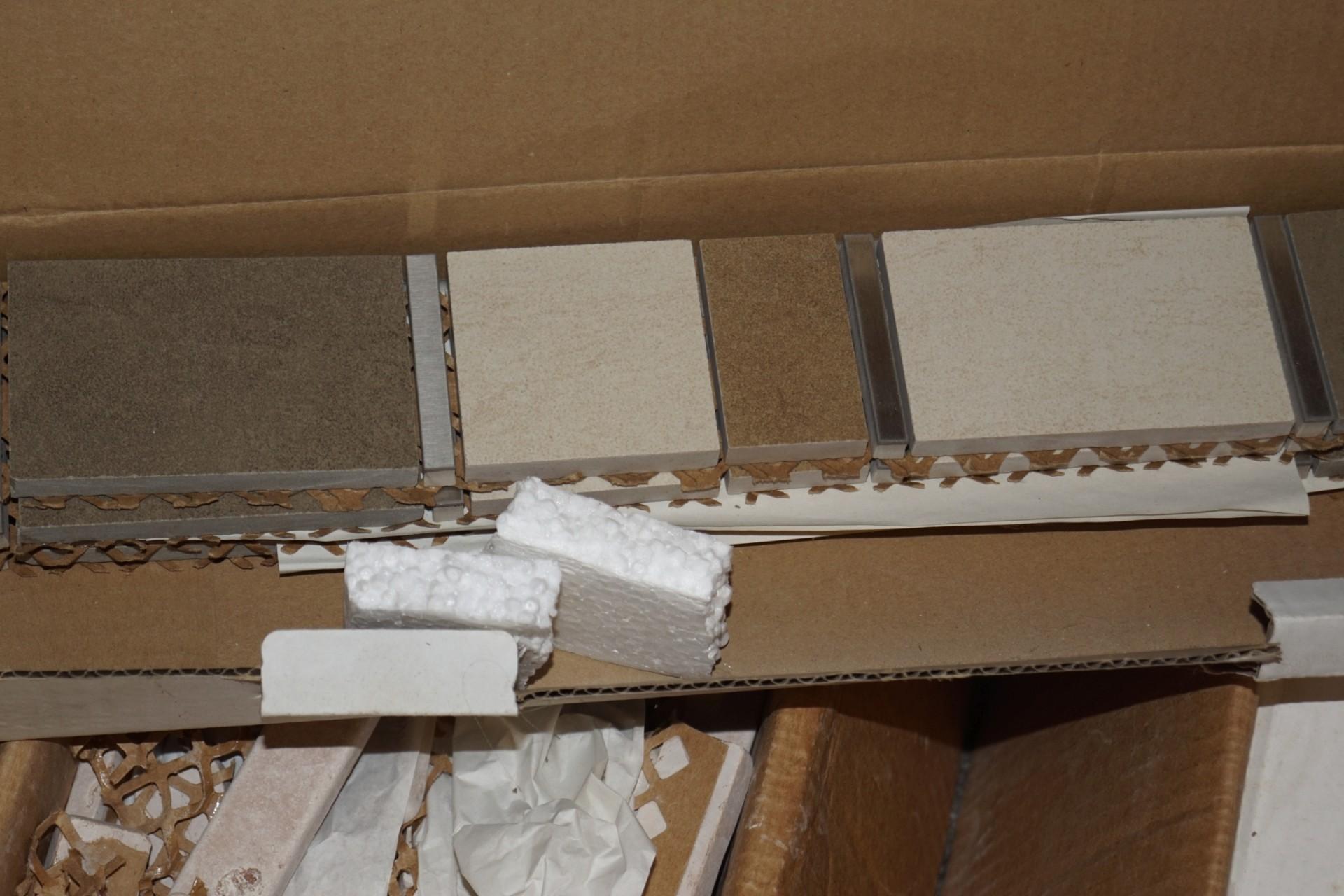 Fantastisk Parti mosaik fliser restparti. - KJ Auktion - Maskinauktioner UL93