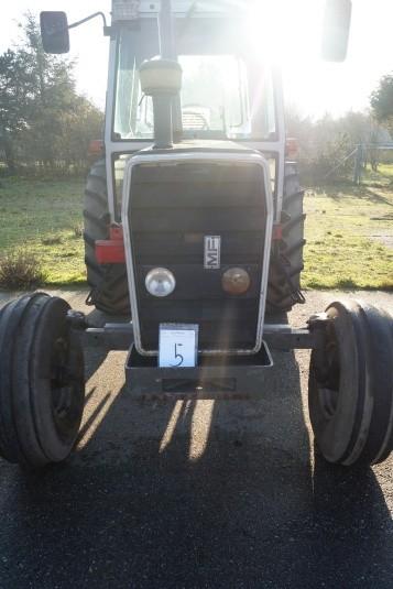 Traktor Massey Ferguson 9699, starter og kører, skal have nye batterier.
