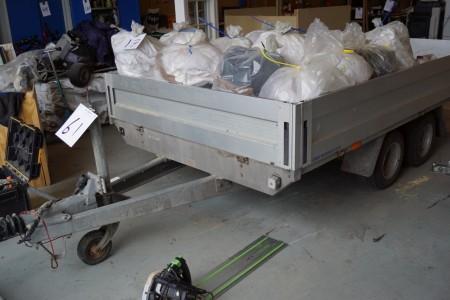 Variant trailer mærke Reg nr. AU3778 180x320 cm. Uden plader.