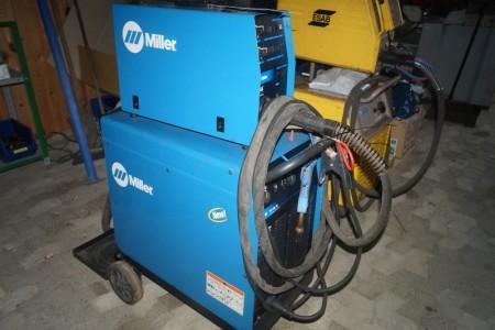 Miller Blu pak 45 Co2 svejser med Miller ST 44 trådfremføring + hydramate1
