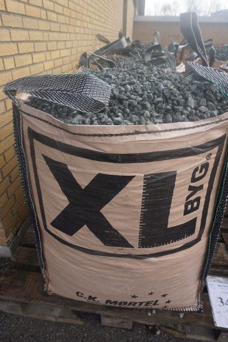 11/16 gray granite stone about 1000 kg.