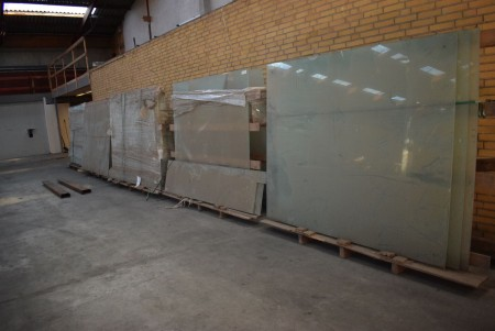 Laminated screen glass for terrace etc. 175x210 cm.