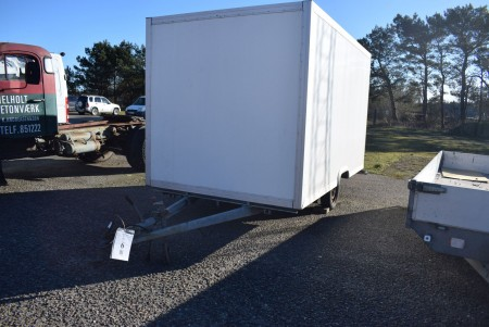 Closed trailer cannot vehicle inspection without plates 220x360x200 cm