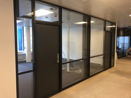 12 units of office segments each unit measures 258x286 cm