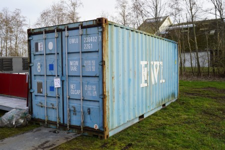 20 foot ship container year 2002