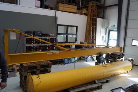 Svingkran 500 kg, h: 440 cm, udlæg 550 cm