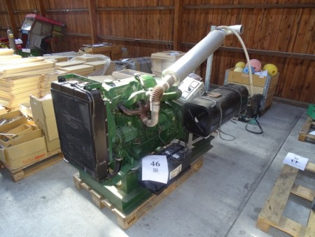 Ford industrimotor. 30 kW. Type: SP 50 11. Volt: 380/220. Gået max 400 timer. Brugt på varmeværk. Med instruktionsbøger og ekstra filtre.