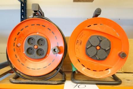 2 stk kabeltrumler, den ene er ubrugt