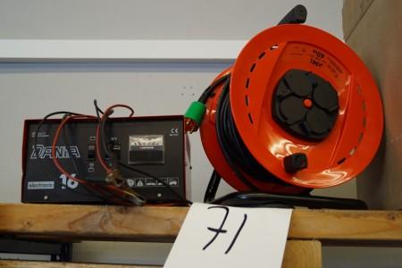 Batterilader mærke DANIA electronic 16 + kabeltrumle, ubrugt