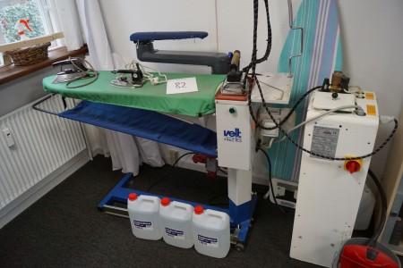 VIET 4216 Dampfbügeleisen mit älterem Datum arbeitet mit 3 Behältern vollentsalztem Wasser