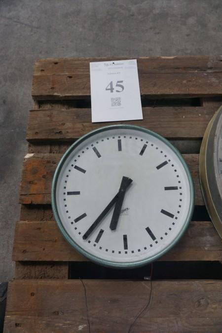 Ur. Diameter: ca. 34 cm. Til strøm.