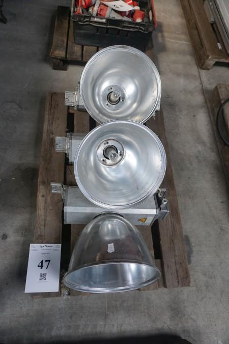 3 stk. industrilamper. 230 volt.