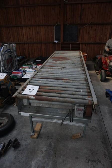 Conveyor-bånd. Længde: 300 cm. Bredde: 88 cm.