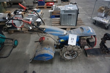 Redskabsbærer med fræser. MRK: BSC. Type: MC 730 600x200. 4,8 kW.