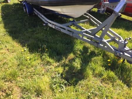 Bådtrailer mærke: BRENDERUP model: A06 reg.nr:AV4414, sælges uden plader, mulighed for omregistrering