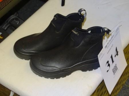 Outdoorstøvler Treksta Gore Tex | Campen Auktioner AS