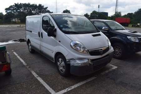 OPEL VIVARO 2.0 CDTI, LAST VISION 21-03-2017, km: 74290, regnr: BG97188 (unsubscribed) Damage in Front, but or condition ok. First Registration Date 22-03-2011
