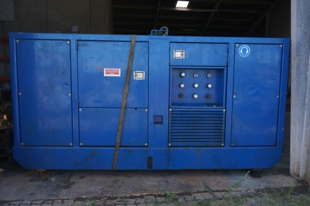 Hydraulic station deepening equipment with 3 Sauer pumps, 180, 100 and 60 liters / min, 160KW cummins 6 cyl diesel. 1997 model, 1050 operating hours. - Circle Pump SH8-75 pump. 400 hours. New impeller. - 30 meters hydraulic hoses - 40 meters 200 mm discha
