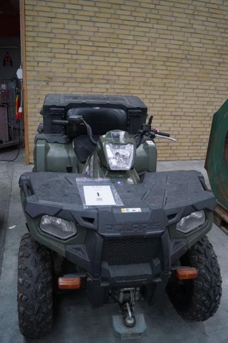 Polaris Atv starter og køre Model: sportsman 570. Med plader indregistreret som traktor. Servestyring, med spil foran, ny serviceret med bla. olie,nyt speedometer,nyt batteri og bremsechek.