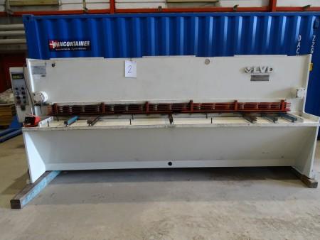 Maskinsaks mærke: LVD HST31-6, kapacitet: 3100x6,35 mm vægt: 5000 kg årgang: 1990 funktionsdygtig, med lysgitter, længde: 400 cm, dybde: 200 cm, højde: 165 cm