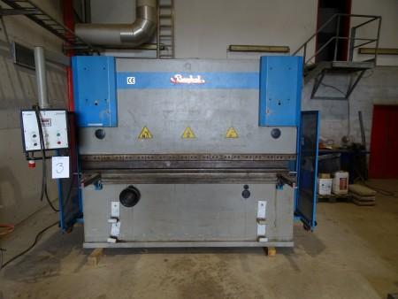 Kantpresse mærke: BAYKAL APH2608-120 årgang: 2000 vægt: 6500 kg funktionsdygtig, længte: 310 cm, dybde: 200 cm højde: 235 cm
