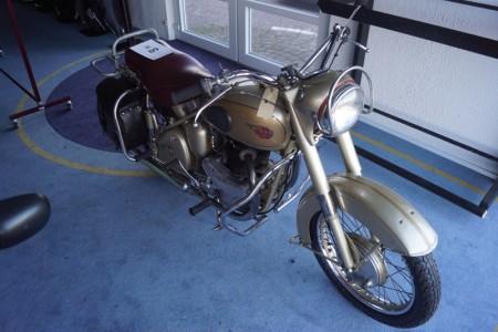 BSA 9196 Golden Flash veteran motorcykel 650  A10 med plunger stel. - Stelnummer - BA7S9196 årgang 1954