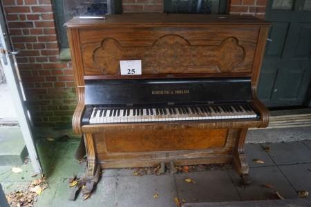 Klaver mærke: Hornung & Møller, stand: dårlig men kan spille. 145*130 cm.