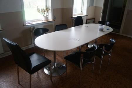 Spisebord med 7 stole. 260*100*70 cm. + billeder, opslagstavle mm.