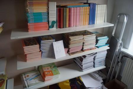 3 fag med skolebøger. Engelsk og matematik.