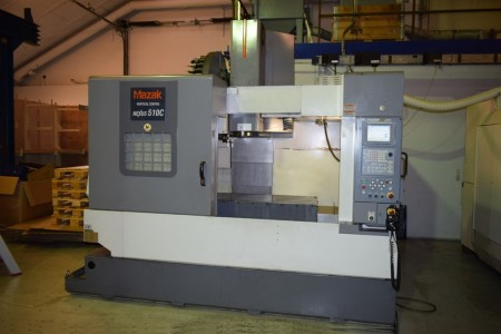 Bearbejdnings center Vertikal Fabrikat: Mazak Type: VCN-510C Årgang 2003.