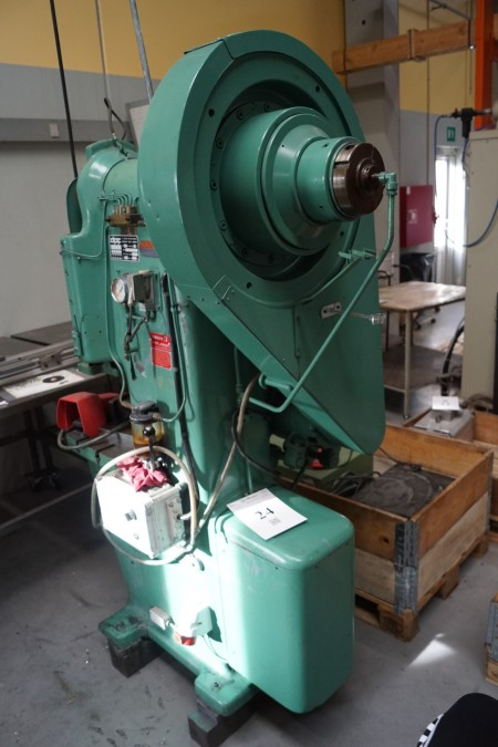 Excenter presse Fabrikant: DPF type 20T