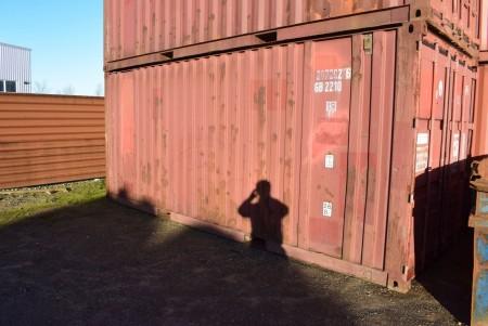 20 fods skibscontainer. Bemærk anden adresse