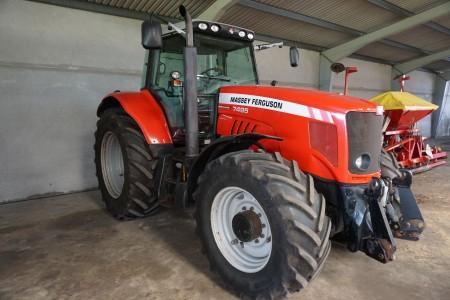 Traktor. Mærke Massey Ferguson model 7495 Dyna VT
