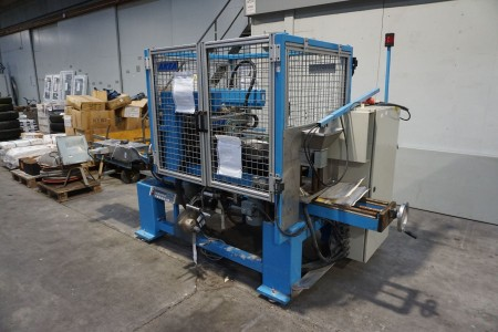Maskine for pakning af bor i rør, mærke: AKEA