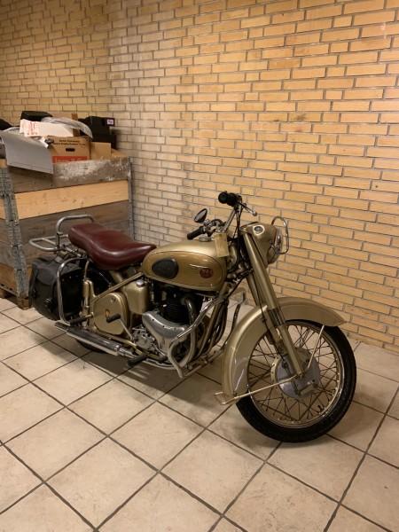 BSA 9196 Golden Flash veteran motorcykel