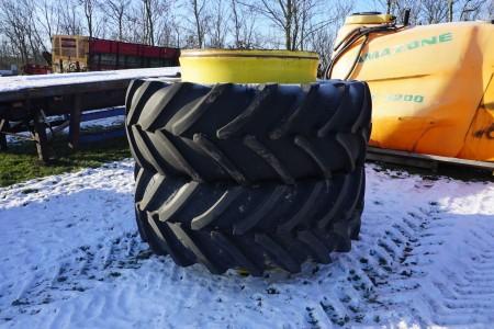 2 stk tvillingehjul, mærke: Bridgestone