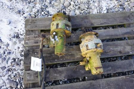 2 stk oliemotorer med gear