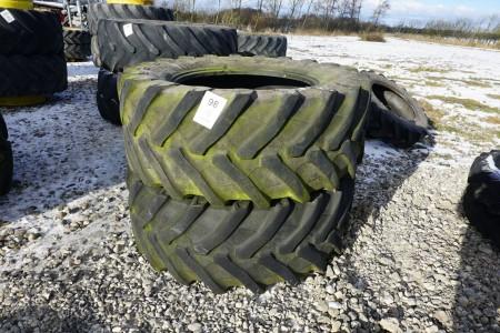2 stk traktordæk, mærke: Trelleborg, model: TM 800