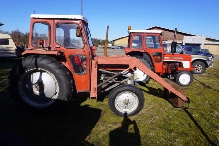 Traktor, mærke: Massey Ferguson, model 135
