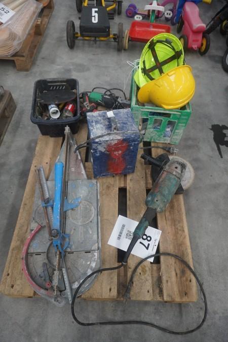 Vinkelsliber, mærke: Makita, model: GA9020R + fliseskærer + elværktøj mv.