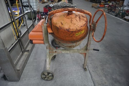 Cementblander på hjul, mærke: Atika, model: Profi 145 S